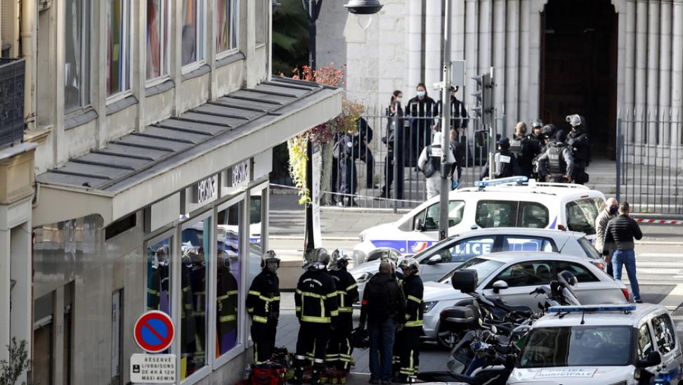 Ξέσπασε o δήμαρχος της Νίκαιας: Είμαστε για μια ακόμη φορά θύματα του ισλαμοφασισμού