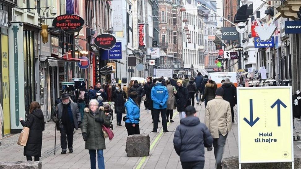 Δανία: Τι είναι το «corona pass» και πως θα λειτουργεί